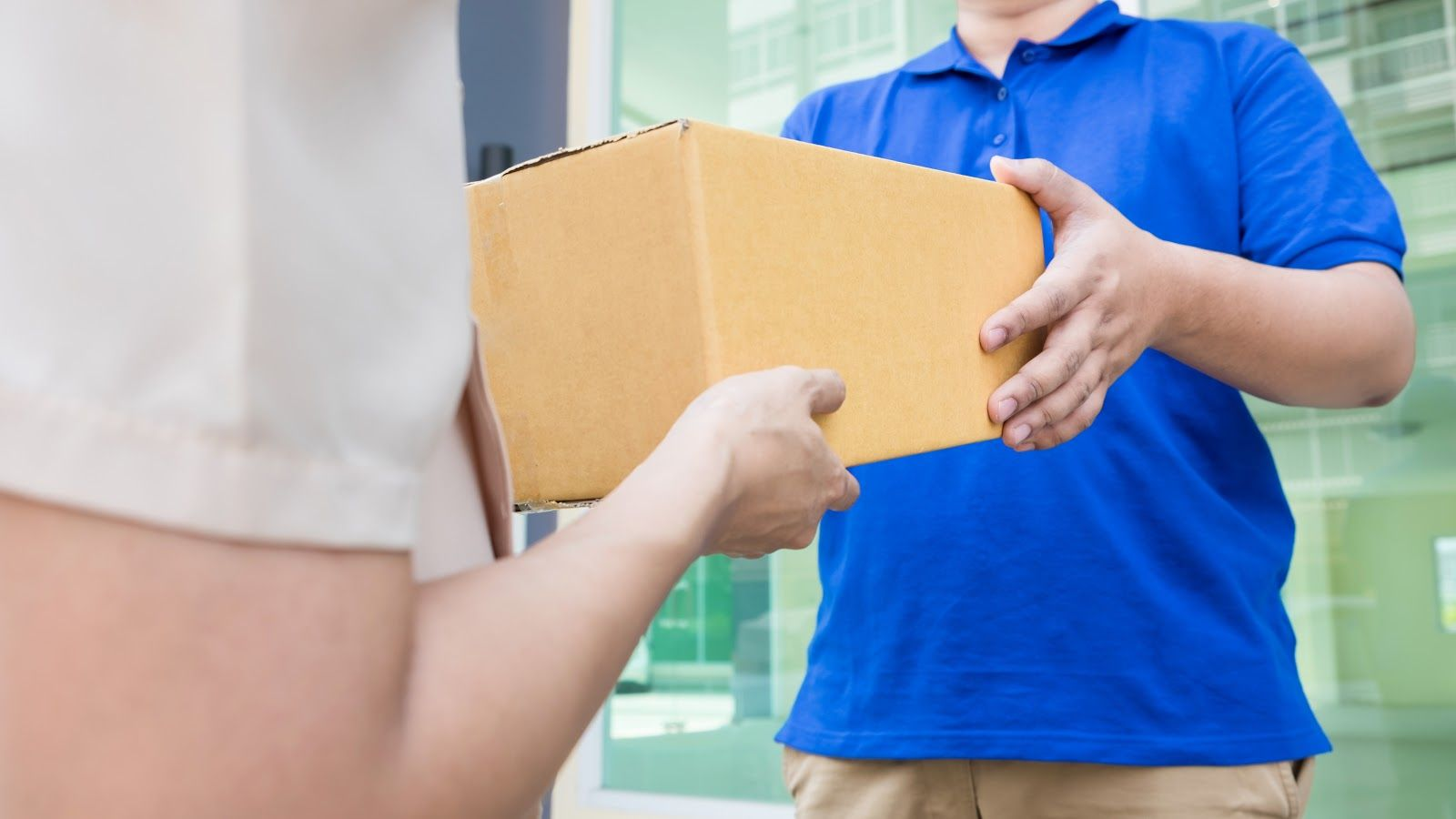 Fedex and UPS are top players when it comes to speed of delivery